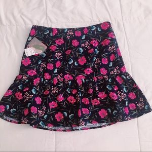 Medium Flirty Floral Forever21 Skirt